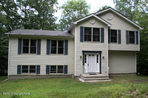 694 Buckle Boot Road, Henryville, PA 18332