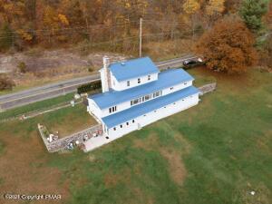 544 W Poplar Valley Rd, Stroudsburg, PA 18360
