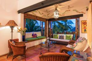 203 Francisca Rodriguez 5, Selva Romantica - Paraiso 5, Puerto Vallarta, JA