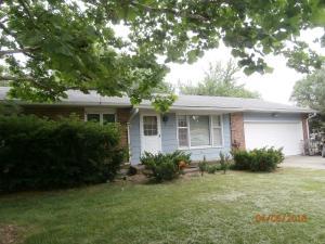 754 Meadowbrook Circle, Moberly, MO 65270