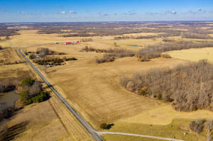 2409 Highway YY, Moberly, MO 65270