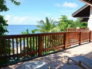 Upper deck view