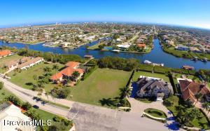 Property for sale at 258 Lansing Island Drive, Satellite Beach,  FL 32937