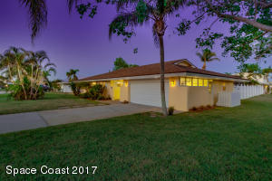 Property for sale at 1227 Seminole Drive, Indian Harbour Beach,  FL 32937