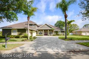 Property for sale at 422 Waterside Drive, Merritt Island,  FL 32952