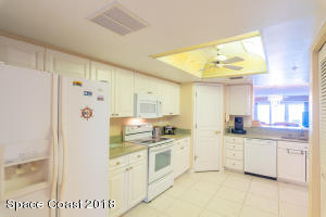 Property for sale at 8700 Ridgewood Avenue Unit B-306, Cape Canaveral,  FL 32920