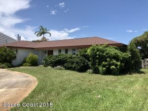 Property for sale at 610 Jackson Court, Satellite Beach,  FL 32937