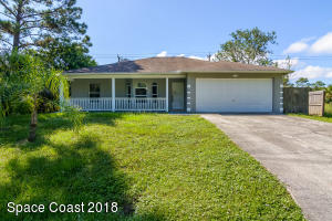 434 Lambert Street SW, Palm Bay, FL 32908