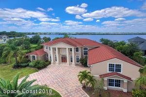 Property for sale at 4790 Honeyridge Lane, Merritt Island,  Florida 32952