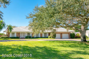 Property for sale at 208 Riverside Drive, Melbourne Beach,  FL 32951