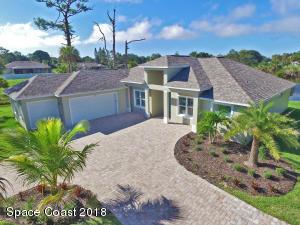 Property for sale at 1935 S Tropical Trl, Merritt Island,  FL 32952