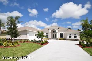 Property for sale at 2007 Windbrook Drive, Palm Bay,  FL 32909
