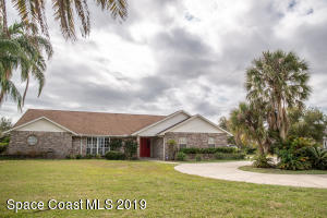 Property for sale at 1839 Plantation Circle, Palm Bay,  FL 32909
