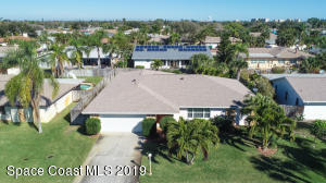 Property for sale at 410 Carriage Road, Satellite Beach,  FL 32937