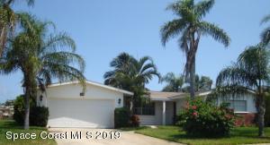 Property for sale at 423 Aruba Court, Satellite Beach,  FL 32937
