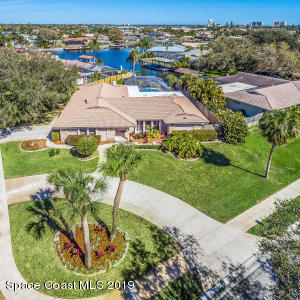 Property for sale at 660 Fountain Boulevard, Satellite Beach,  Florida 32937
