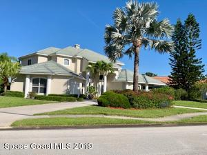 Property for sale at 668 Deerhurst Drive, Melbourne,  Florida 32940