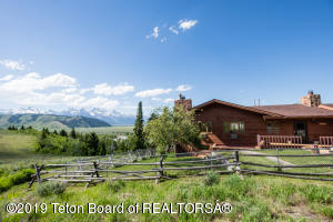 6030 HIGHLANDS DR, Kelly, WY 83011