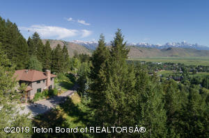 1050 UPPER CACHE CREEK, Jackson, WY 83001