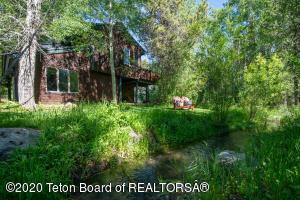 3560 N LAKE CREEK DRIVE, Wilson, WY 83014