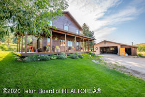 3850 W MOUNTAIN MEADOWS ROAD RD, Wilson, WY 83014