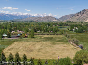 2035 S PARK RANCH RD, Jackson, WY 83001
