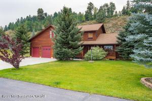 100 MEADOW RIDGE RD, Alpine, WY 83128