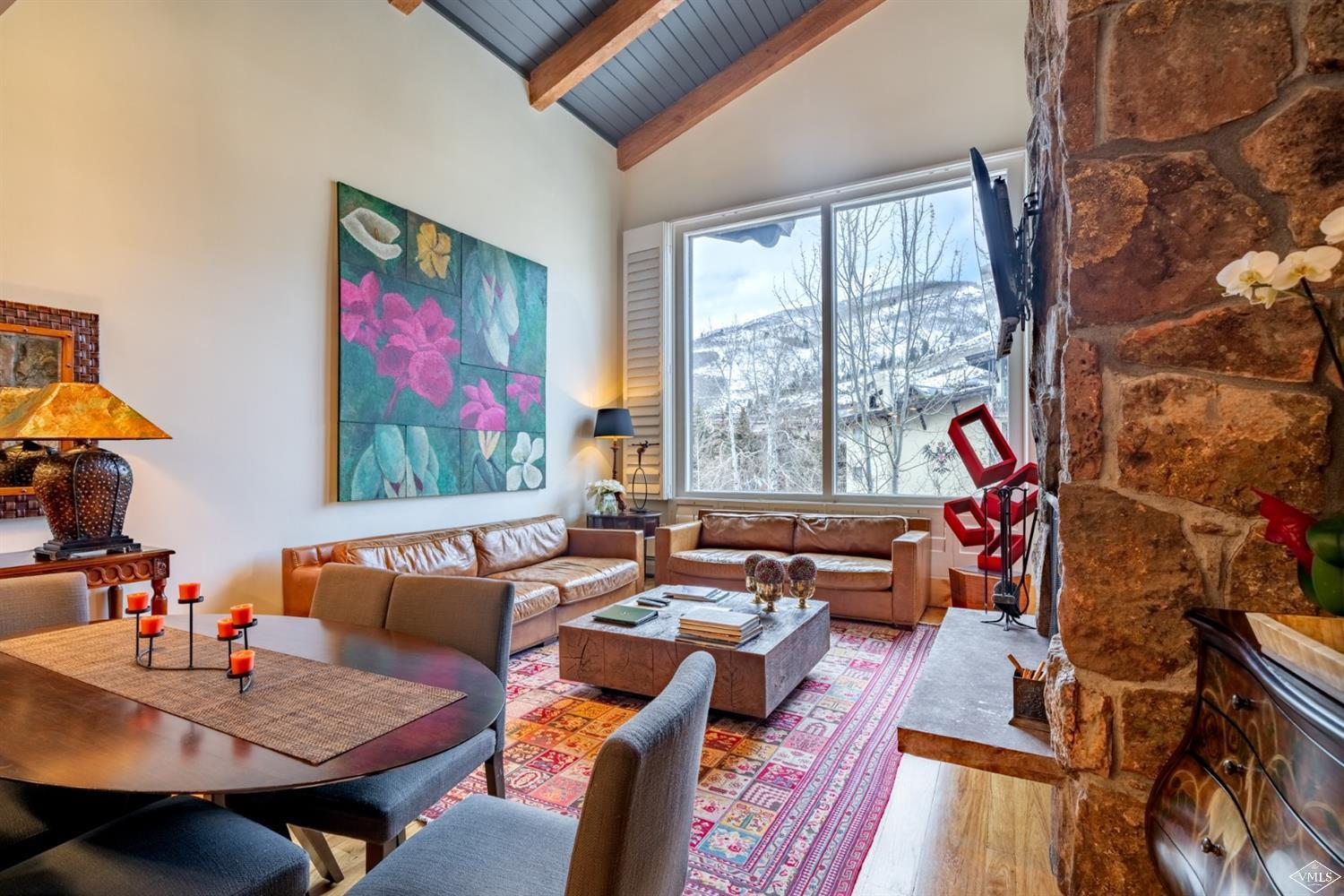 Rarely available Lodge at Vail three bedroom condominium with vaulted ceilings and views to Red Sandstone Mountain and the Village. Fantastic amenity package with garage parking, spa, workout facilities, and two of Vail's best pools. The Lodge also offers an outstanding rental program.
