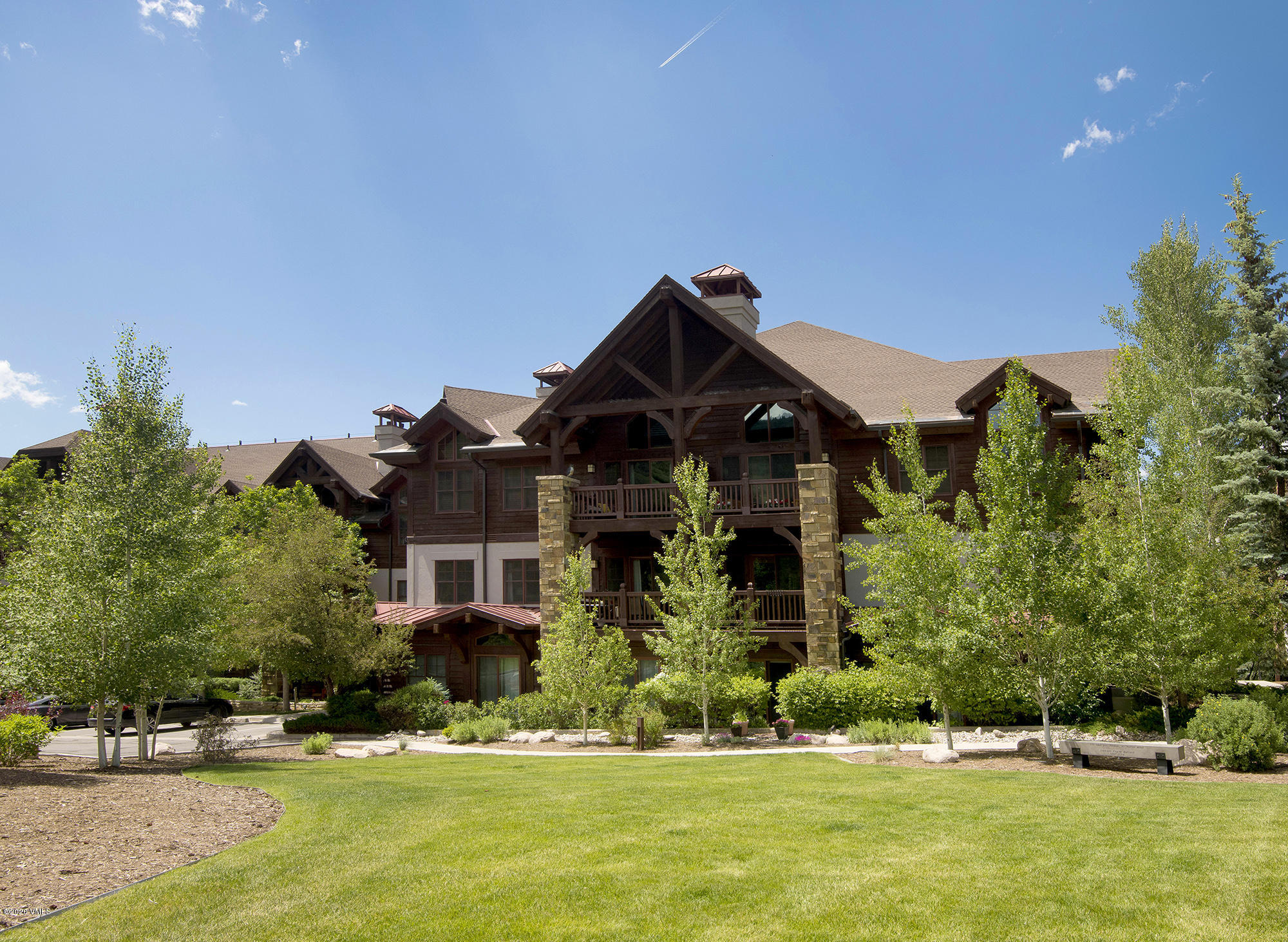Amazing first time home buyer opportunity at the base of Beaver Creek! A local's special with skiing, hiking and biking out your door. Garage parking, storage locker, ski locker, pool & fitness center onsite. 1 bedroom, 1.5 bathrooms, fireplace, balcony, full washer/dryer, 1 level living make this the perfect Vail Valley home. Deed Restricted to occupants employed in Eagle County.