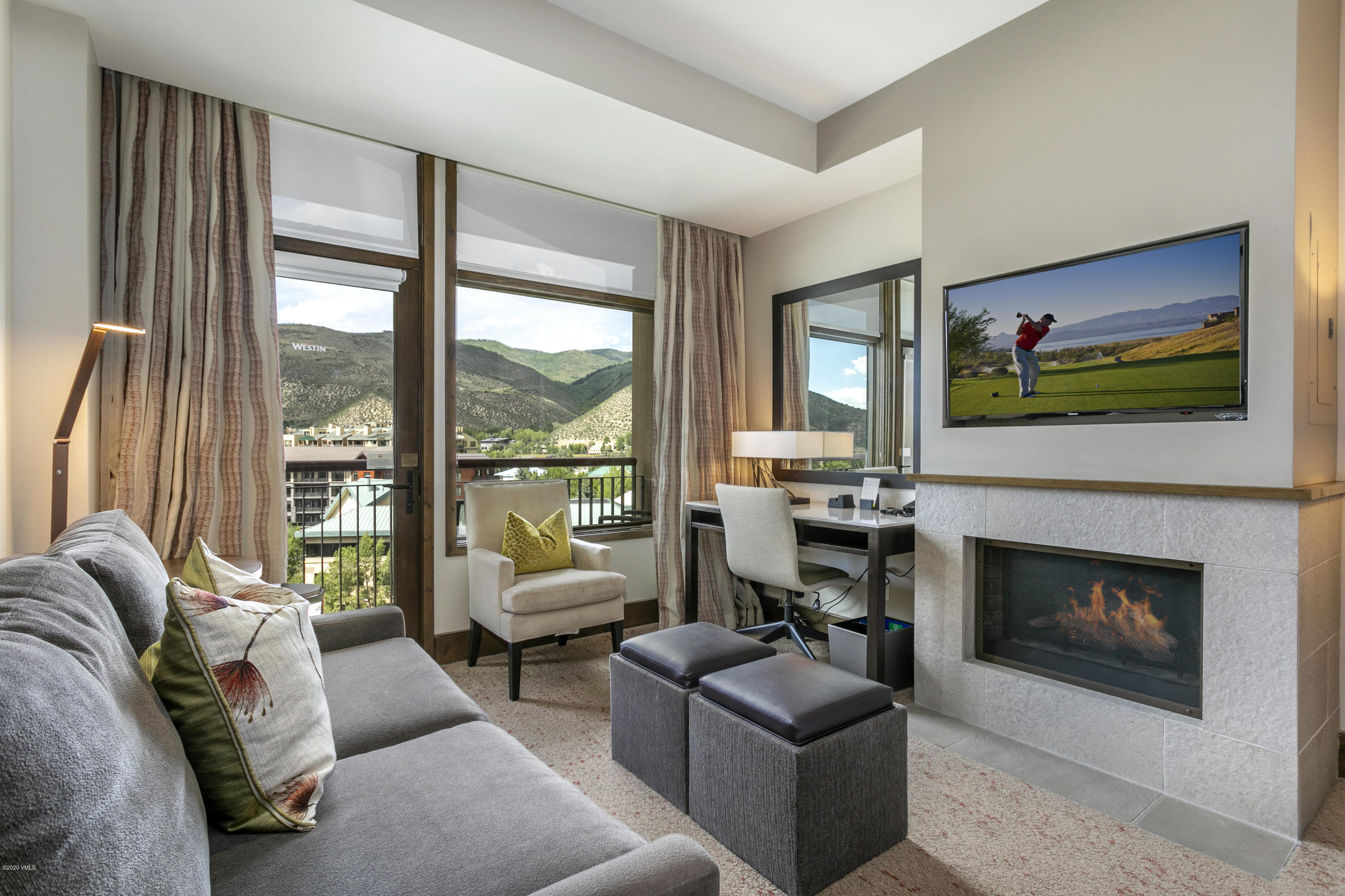 High floor studio plus with outstanding northerly mountain views located in the Westin. Fantastic amenities include access to Beaver Creek ski resort via the Riverfront Gondola, well appointed health club & spa, heated saline swimming pool, and 3 infinity Jacuzzi's overlooking Eagle River.  This property boasts a delicious on site restaurant(Maya) with authentic spanish cuisine as well as a Starbucks and Lift Cafe.  Don't miss this turn key property at the Westin Riverfront Resort and Spa with a  gorgeous lobby, excellent front desk/concierge services with an outstanding location in the heart of Avon Colorado!
