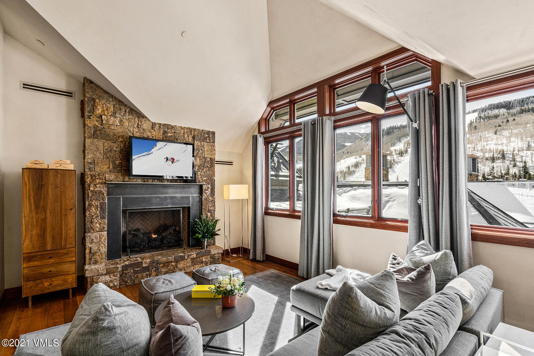 Penthouse Residence in the heart of Vail Village.  On-site amenities including 24hr concierge service, valet parking, indoor swimming pool & hot tub, fitness center and world-class, Matsuhisa dining.  Walking distance to everything lifts, shops and restaurants, the Best of Vail Village!