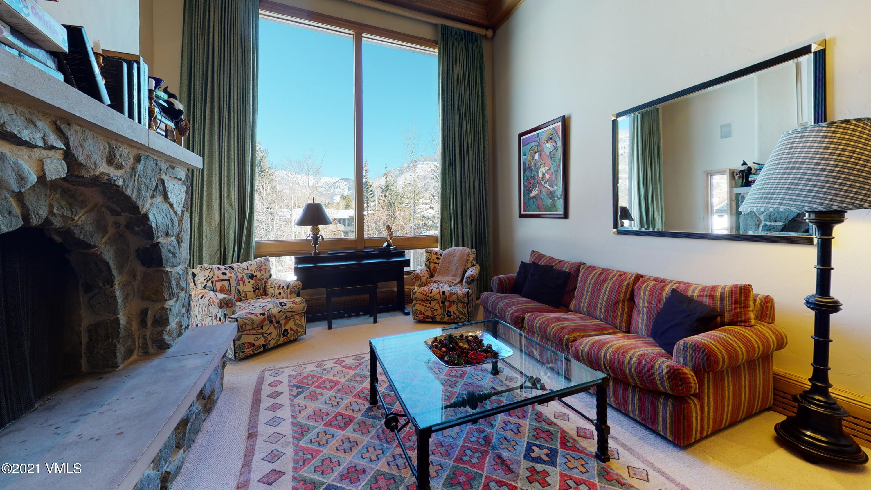Rarely available Lodge at Vail three bedroom condominium with vaulted ceilings and views of the Gore Range. Fantastic amenity package with garage parking, spa, workout facilities, and two of Vail's best pools. The Lodge also offers an outstanding rental program.