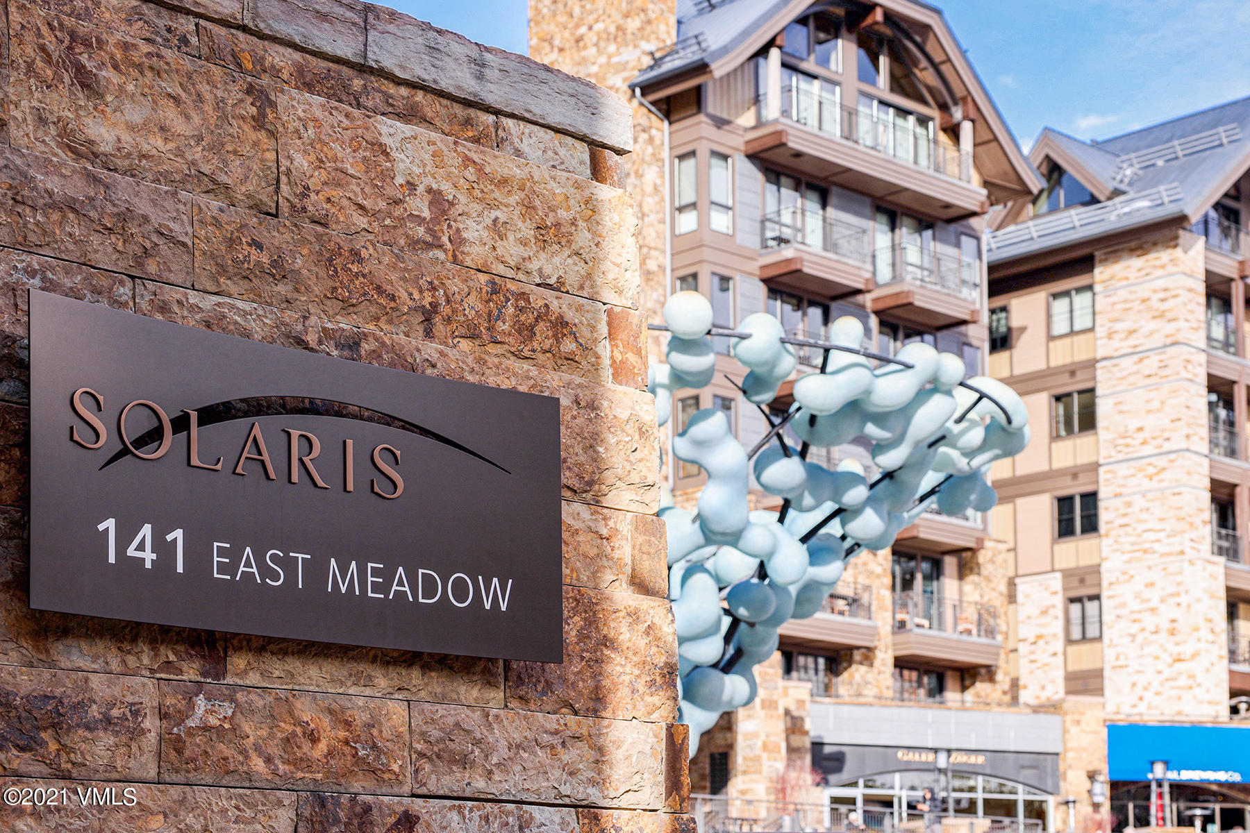 Terrific opportunity for two Bedrooms, plus Den, in the center of Vail Village.  In-house restaurant and bar, Matsuhisa, offering world-class dining.  Indoor swimming pool and fitness center.  Underground heated garage and valet parking.  Ski valet and year-round storage makes enjoying the mountain effortless.