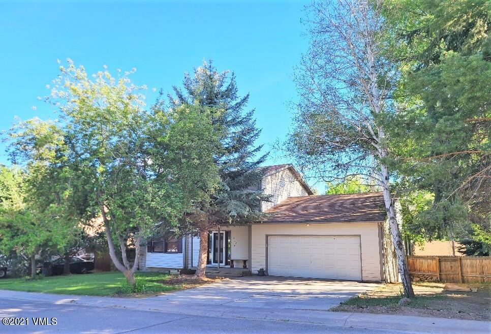 Single Family home in one of the great neighborhoods in Gypsum!  No HOA, no dues, ability to park your RV etc.Large back yard and mature trees.  Property needs some love and is being sold ''As Is.''  All offers received by Sunday at 5pm will be considered and Seller intends to make a decision by not later than Tuesday evening. (Acceptance 6/1/21 at 8pm please)