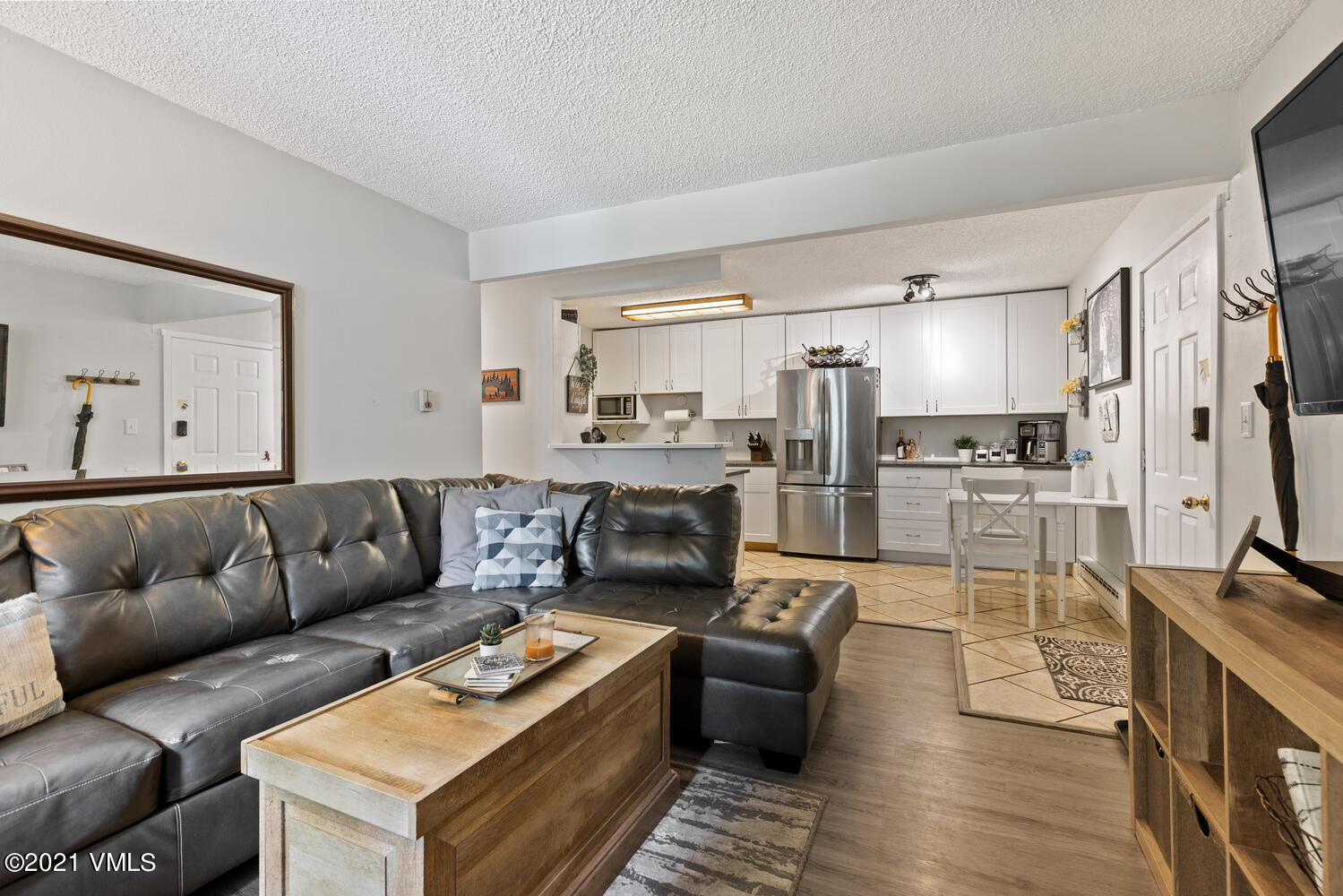 This is your opportunity to own at Liftview Condominiums. This 2-bed, 2-bath with a wood burning fireplace has been recently updated throughout. This corner unit offers an extra window in the master bedroom. Storage closet across from your front door for all of your storage needs. 2 parking spaces total, 1 assigned and 1 unassigned. Liftview is ideally located just across from the Bear Lot, providing easy access to Beaver Creek, and is walking distance to bus stops on well-maintained walking/bike paths, Nottingham Lake, the library, the Rec Center, shopping and restaurants. See the updates/finishes sheet in documents.