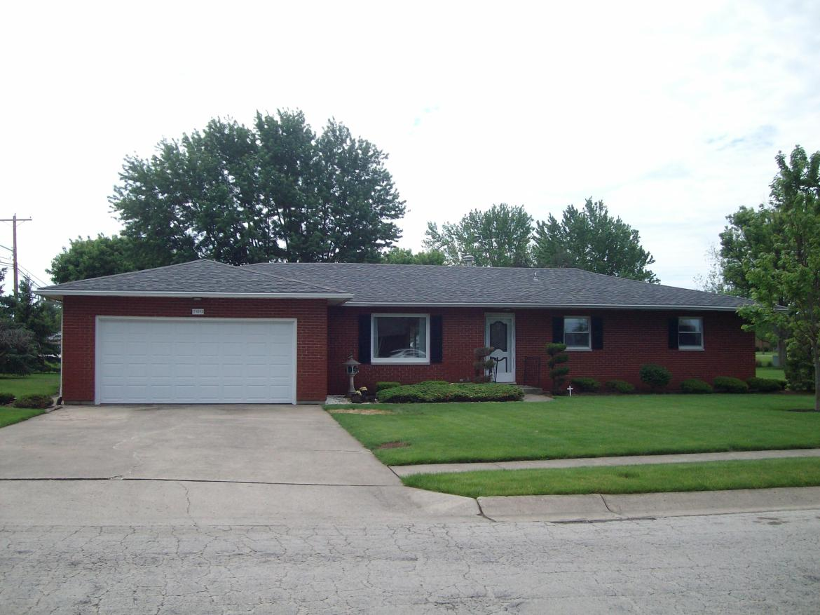 All brick ranch home on a crawl space.  Large corner lot.  Formal living room.  Family room.  Spacious kitchen.  3 large bedrooms.2 full, 1 1/2 bath bath..  22x22 garage.  Newer gas furnace.  Roof 5-8 years old.  Great location.  Good bones, just needs updated.    This home is in an estate; no residential property disclosure.