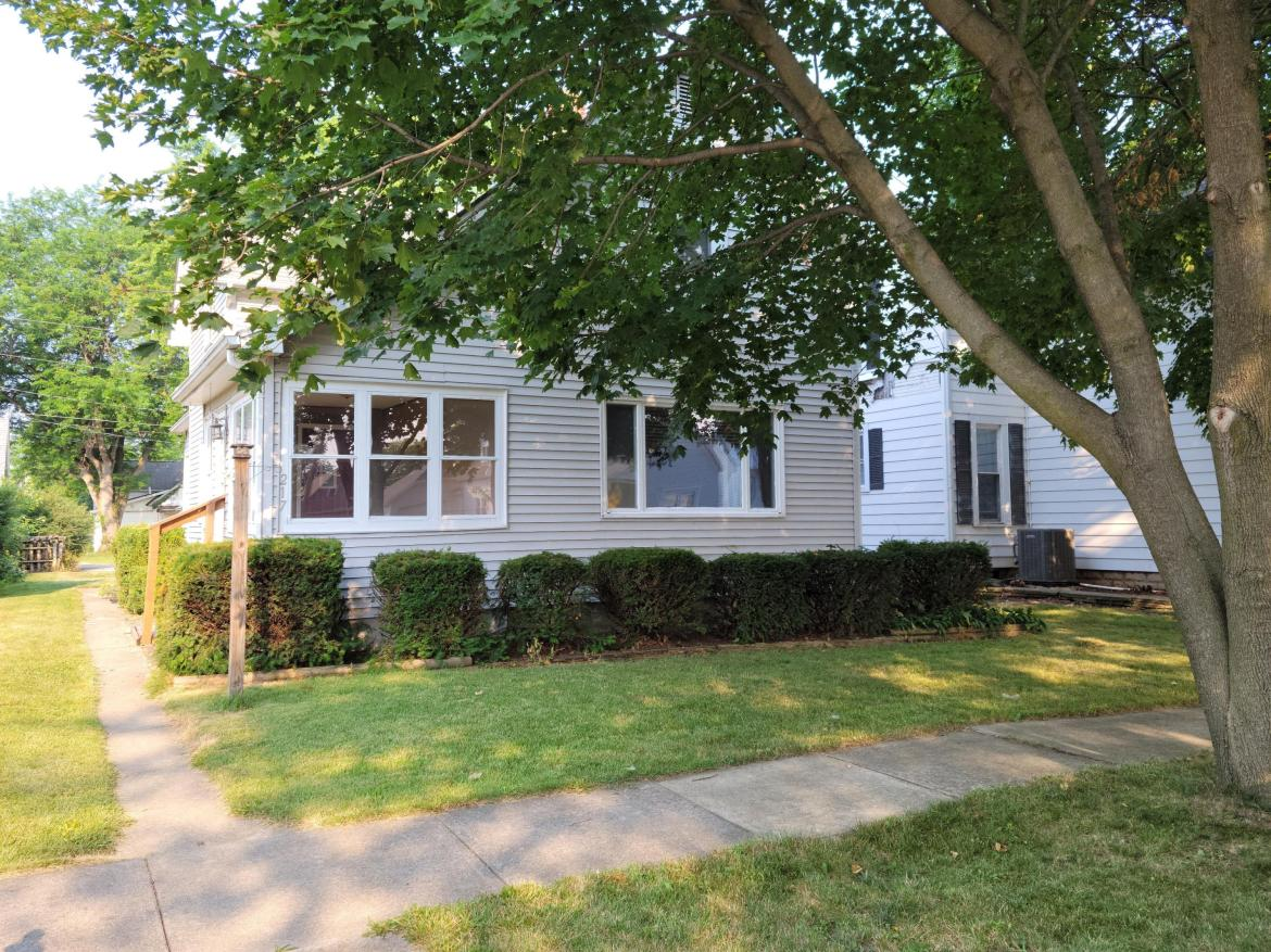 3 bedroom 1 and 1/2 bath nice sized back yard with a detached 2 car garage.  Furnace, AC, and Hot water heater all replaced in 2019.  Some other updates have been done.  Come check it out for yourself.