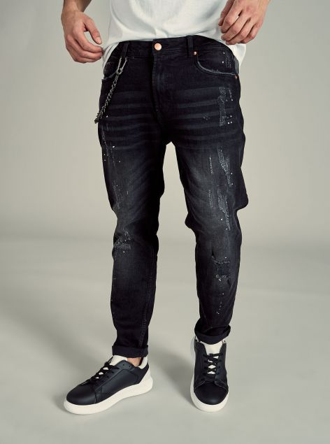 Jeans Slim Tapered Fit con catena
