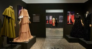 Las costuras femeninas de la moda de España, moda española, Las costuras femeninas de la moda de España (1930-2018), Museo de Artes Decorativas, Agencia EFE, Asociación Creadores de Moda de España , ACME,