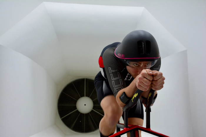rendimiento deportivo, textil técnico, triatlón, Moov&Cool, Devan Chemicals, HUUB , Performance Days