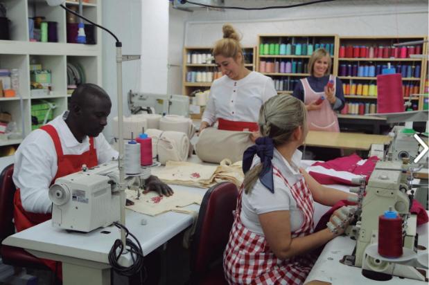 Fundación Ared, Ared, fundacioared, Aredtextil, Fundació Ared, moda laboral, ropa de trabajo, 080 bcn fashion, reinserción laboral, reinserción social,
