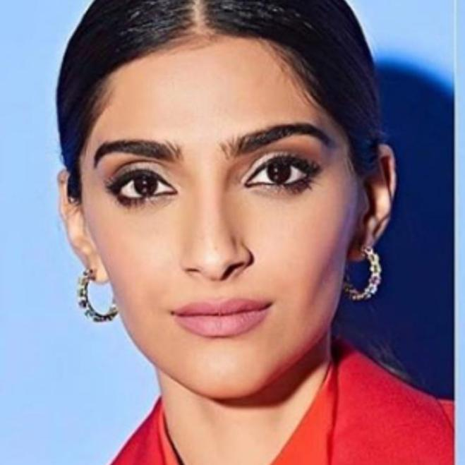 Sonam Kapoor looks like cousin Jahaan according to Sanjay Kapoor in this face app edited photo