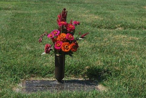 Grave, Flower, Urn, Cemetery, Death