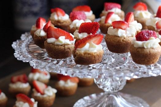 Dessert, Fragola, Crostata, Bacca, Frutta, Cupcakes