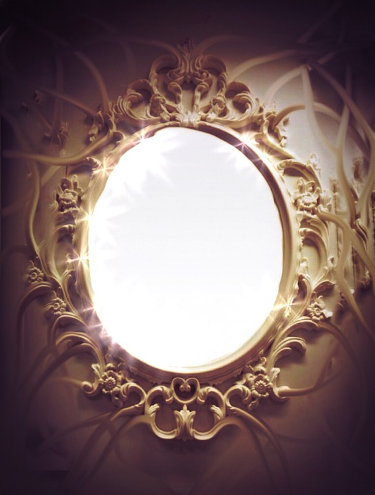 Light Picture Mirror
