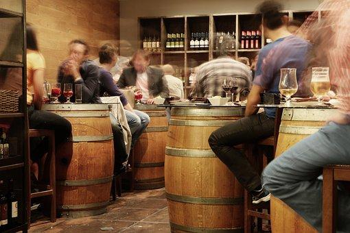 バー, パブ, レストラン, 素朴な, バレル, 人, 座っている, スペイン