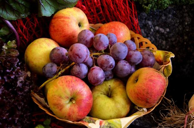 Eating Fruits makes you feel better and also helps in preventing metabolic disorders.