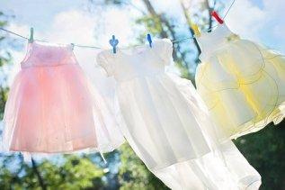 Clothesline, Vestidos De Niña