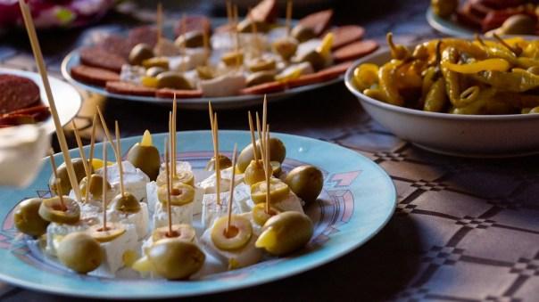 Food, Dish, Plate, Feta, Olive, Green, Buffet, Peperoni