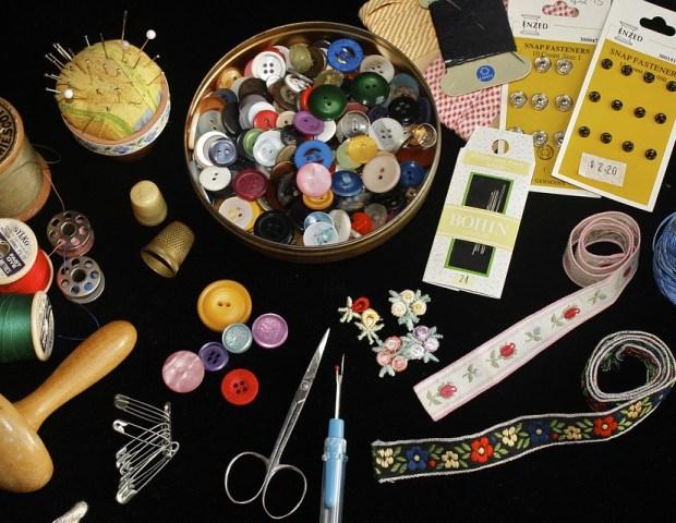 peralatan crafting